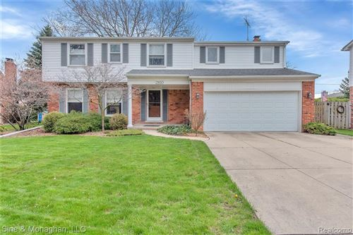 Photo of 21650 CENTERBROOK CRT, Grosse Pointe Woods, MI 48236-1024 (MLS # 40020097)