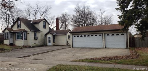Photo of 28301 REVERE AVE, Warren, MI 48092-2455 (MLS # 40017108)