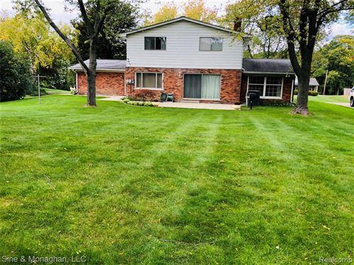 Tiny photo for 2508 ASPEN LN, Bloomfield Township, MI 48302-1006 (MLS # 40110114)