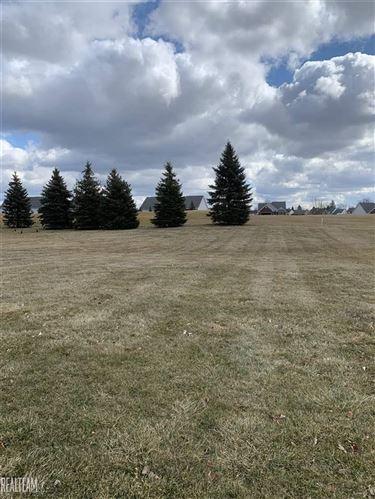 Photo of 322 Golfside, Lapeer, MI 48446 (MLS # 50012119)