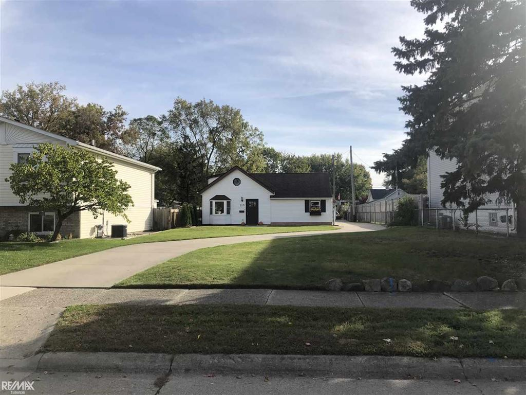 Photo of 115 Council Ave., Clawson, MI 48017 (MLS # 31398120)