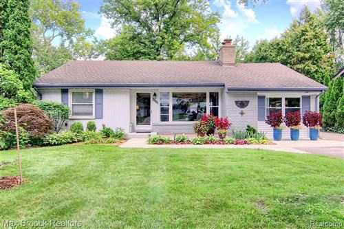 Photo of 15636 KIRKSHIRE AVE, Beverly Hills, MI 48025-3352 (MLS # 40103122)