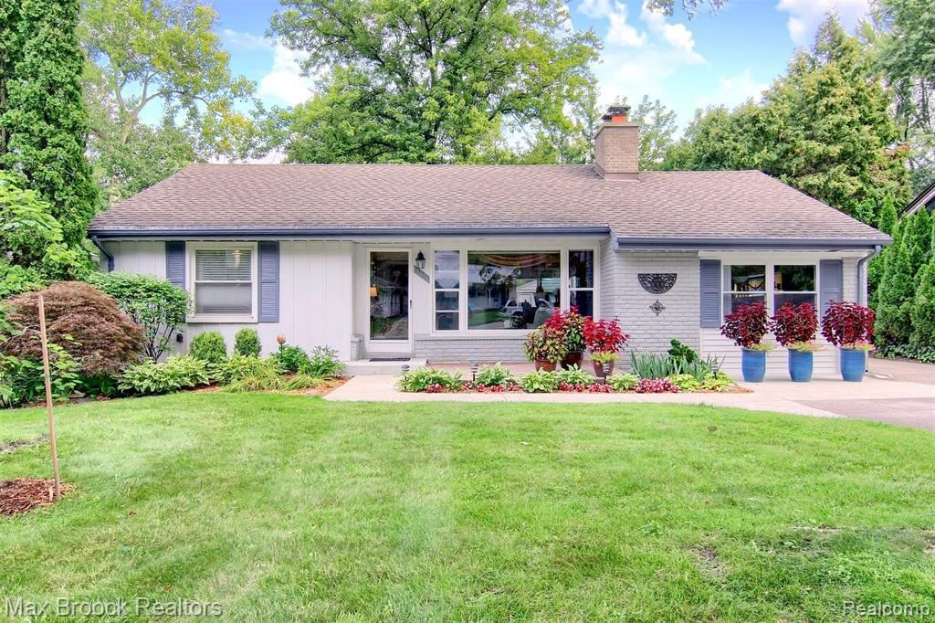 Photo for 15636 KIRKSHIRE AVE, Beverly Hills, MI 48025-3352 (MLS # 40103122)