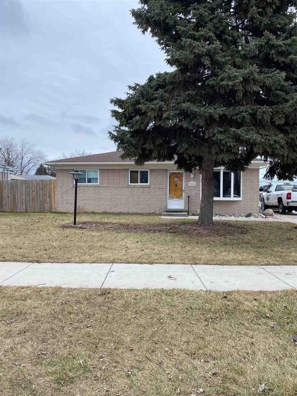 35104 Simon, Clinton Township, MI 48035 - #: 50005123