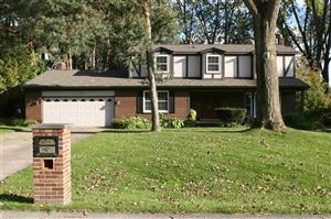 Photo of 53780 Woodbridge, Shelby Township, MI 48316-2170 (MLS # 31398125)