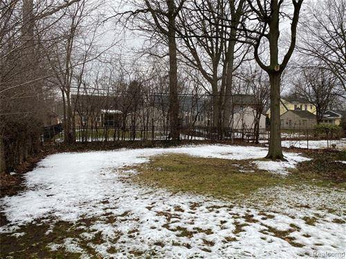 Tiny photo for 2417 GLENVIEW AVE, Royal Oak, MI 48073-3866 (MLS # 40135128)