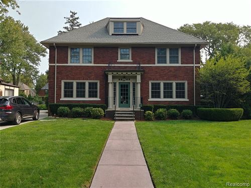 Photo of 1350 BERKSHIRE RD, Grosse Pointe Park, MI 48230-1036 (MLS # 40104130)