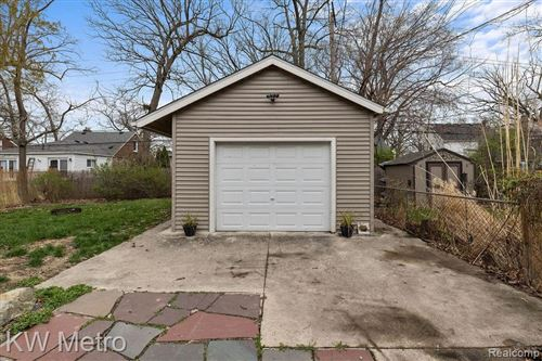 Tiny photo for 240 FLOWERDALE ST, Ferndale, MI 48220-1811 (MLS # 40163131)
