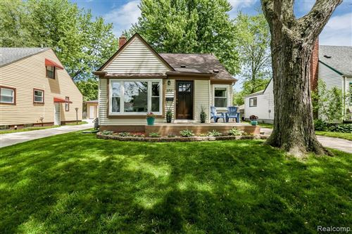 Tiny photo for 656 MEADOWDALE ST, Ferndale, MI 48220-3203 (MLS # 40065135)