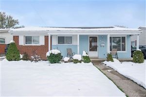 Photo of 28028 GREATER MACK AVE, Saint Clair Shores, MI 48081-2960 (MLS # 40001137)