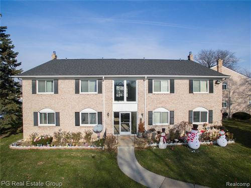 Photo of 13905 CAMELOT DR, Sterling Heights, MI 48312-2443 (MLS # 40008140)