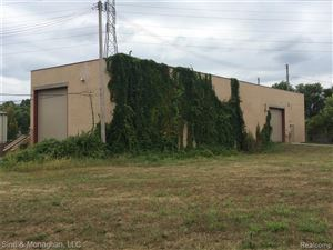 Photo of 408 E HARRISON AVE, Royal Oak, MI 48067-3708 (MLS # 21657143)