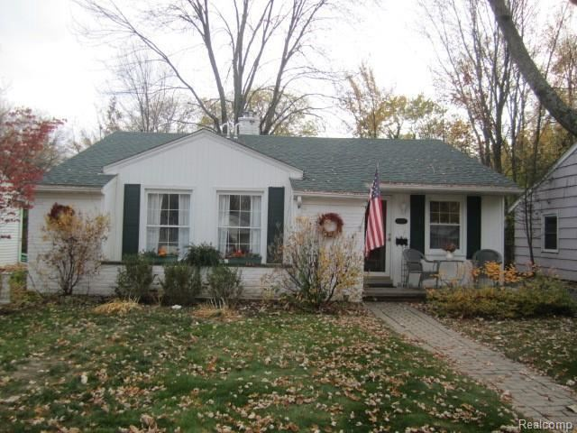 Photo for 15601 KIRKSHIRE AVE, Beverly Hills, MI 48025-3353 (MLS # 40124146)