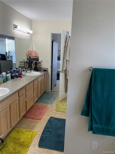 Tiny photo for 1225 MEADOWBROOK ST # 31, Detroit, MI 48214-3619 (MLS # 40147152)