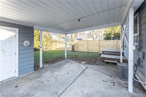 Tiny photo for 517 MARLIN AVE, Royal Oak, MI 48067-1325 (MLS # 40125153)