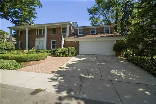 Photo of 66 Colonial Road, Grosse Pointe Shores, MI 48236 (MLS # 50029154)