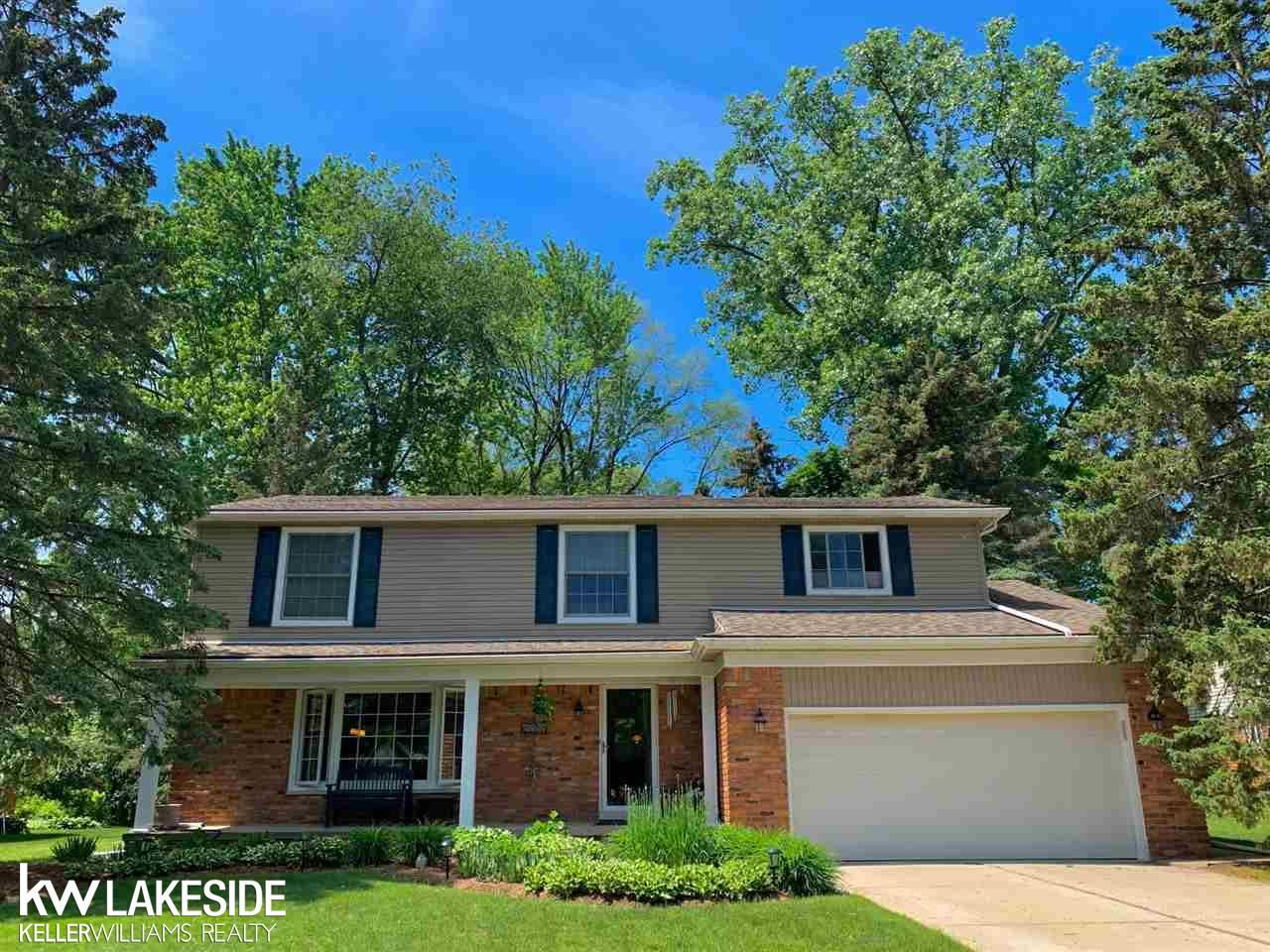 Photo for 2228 Somerset Rd, Bloomfield Township, MI 48302 (MLS # 50051157)