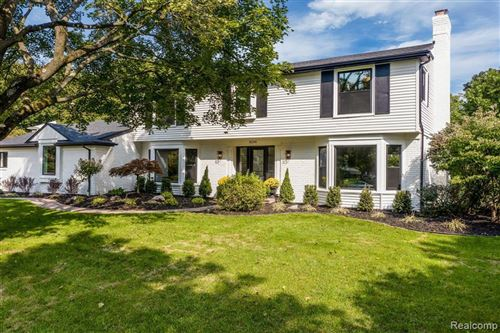 Tiny photo for 32302 ROBINHOOD DR, Beverly Hills, MI 48025-3547 (MLS # 40124158)