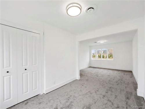Tiny photo for 31944 AUBURN DR, Beverly Hills, MI 48025-4227 (MLS # 40139158)