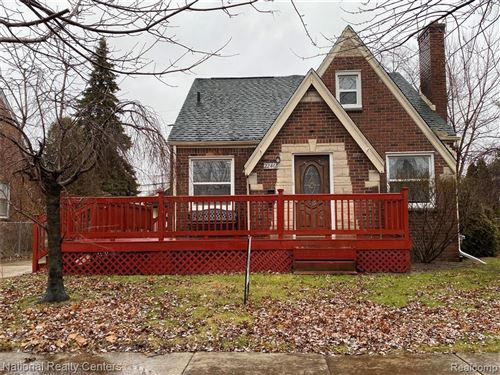Photo of 22460 NEVADA AVE, Eastpointe, MI 48021-2338 (MLS # 40017161)