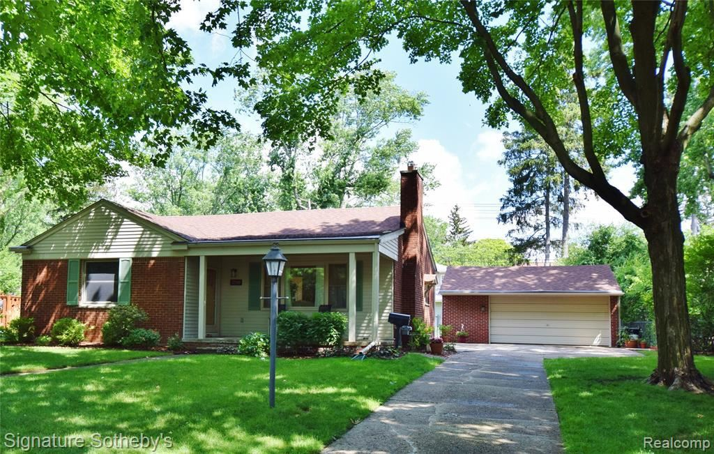 Photo for 17190 BEVERLY RD, Beverly Hills, MI 48025-5538 (MLS # 40191166)