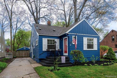 Photo of 509 N VERMONT AVE, Royal Oak, MI 48067-5101 (MLS # 40169170)