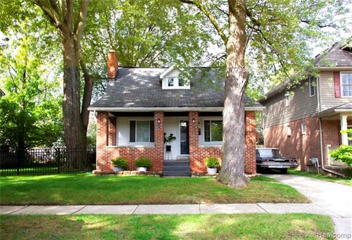 Tiny photo for 243 MARLIN AVE, Royal Oak, MI 48067-1321 (MLS # 40244171)