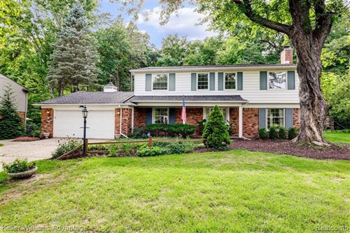 Photo of 32279 CROSS BOW ST, Beverly Hills, MI 48025-3406 (MLS # 40098182)
