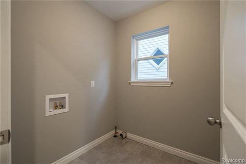 Tiny photo for 38 KENSINGTON BLVD, Pleasant Ridge, MI 48069-1218 (MLS # 40133187)