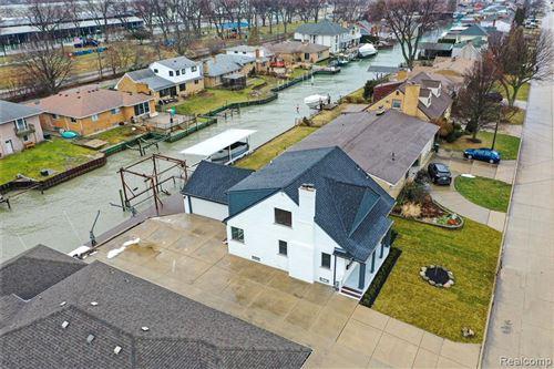 Photo of 22600 LANGE ST, Saint Clair Shores, MI 48080-2875 (MLS # 40138189)