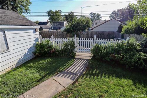 Tiny photo for 1304 N ALEXANDER, Royal Oak, MI 48067 (MLS # 40245190)