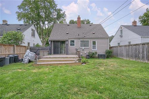 Tiny photo for 121 E WEBSTER RD, Royal Oak, MI 48073-3437 (MLS # 40245191)