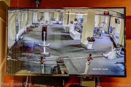 Tiny photo for 8120 E JEFFERSON AVE, Detroit, MI 48214-2672 (MLS # 40124196)