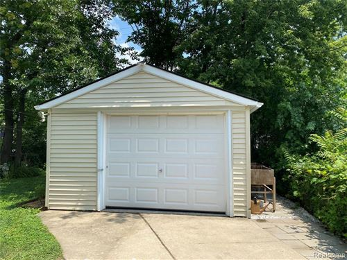 Tiny photo for 1858 LEITCH RD, Ferndale, MI 48220-2033 (MLS # 40198196)