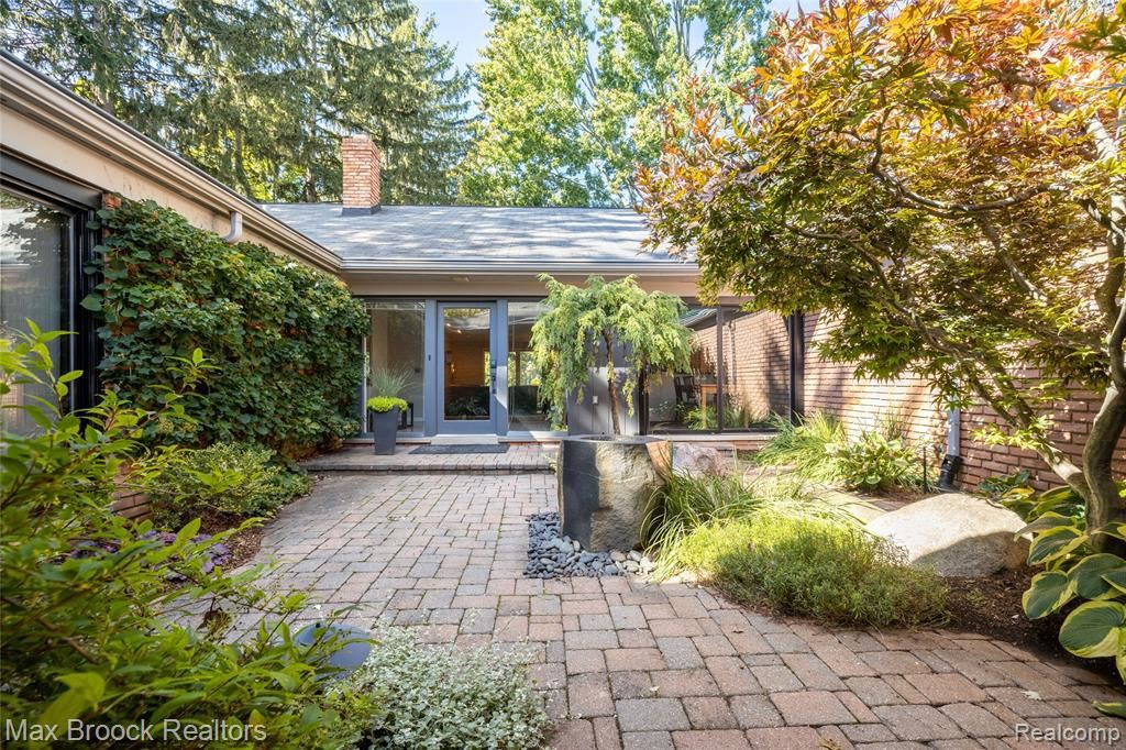 Photo for 32481 EVERGREEN RD, Beverly Hills, MI 48025-2809 (MLS # 40241196)