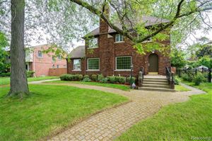 Photo of 1430 DEVONSHIRE RD, Grosse Pointe Park, MI 48230-1160 (MLS # 21620197)