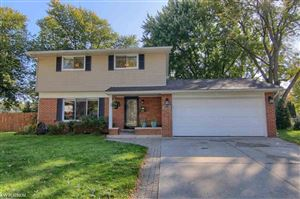 Photo of 40646 WINDY COVE, Sterling Heights, MI 48313 (MLS # 31398200)