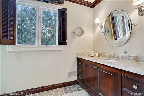 Tiny photo for 5030 WINLANE DR, Bloomfield Hills, MI 48302-2866 (MLS # 40145203)