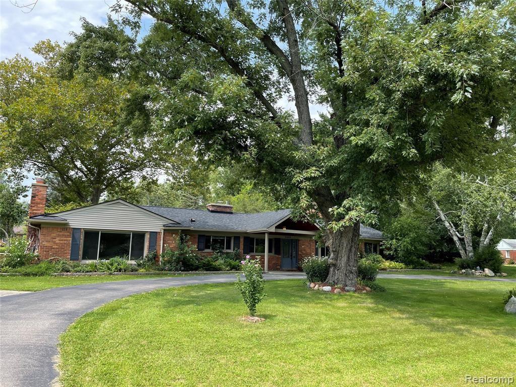 4640 BURNLEY DR, Bloomfield Hills, MI 48304-3721 - #: 40209208