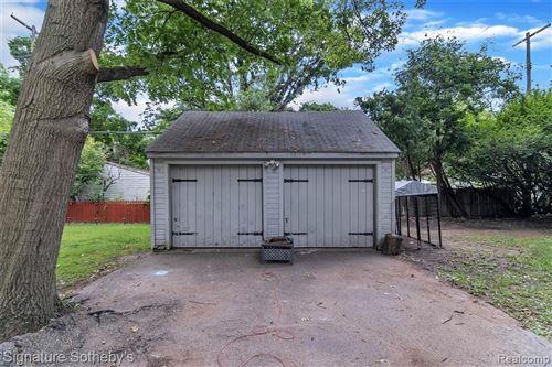 Tiny photo for 14540 GLASTONBURY AVE, Detroit, MI 48223-2205 (MLS # 40125210)