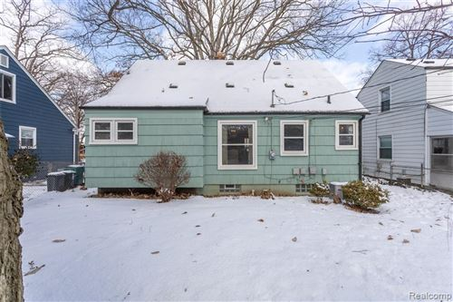 Tiny photo for 76 KENSINGTON BLVD, Pleasant Ridge, MI 48069-1221 (MLS # 40146215)