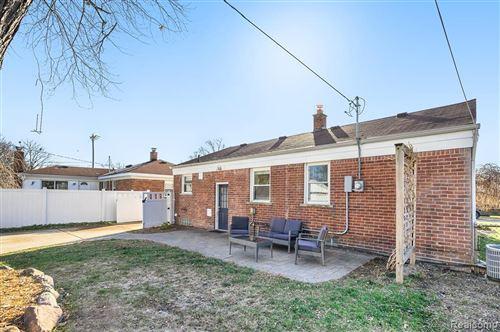 Tiny photo for 523 E BLOOMFIELD AVE, Royal Oak, MI 48073-3563 (MLS # 40125221)