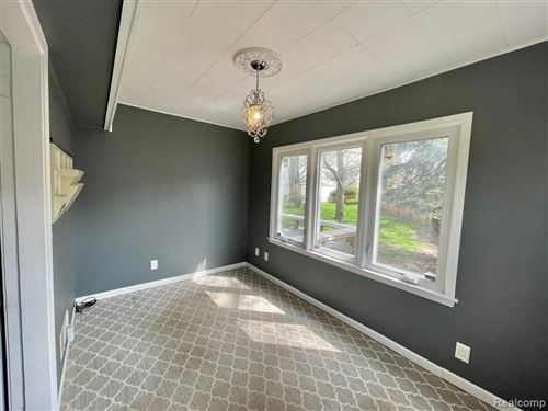 Tiny photo for 407 WAVERLEY AVE, Royal Oak, MI 48067-1376 (MLS # 40170221)
