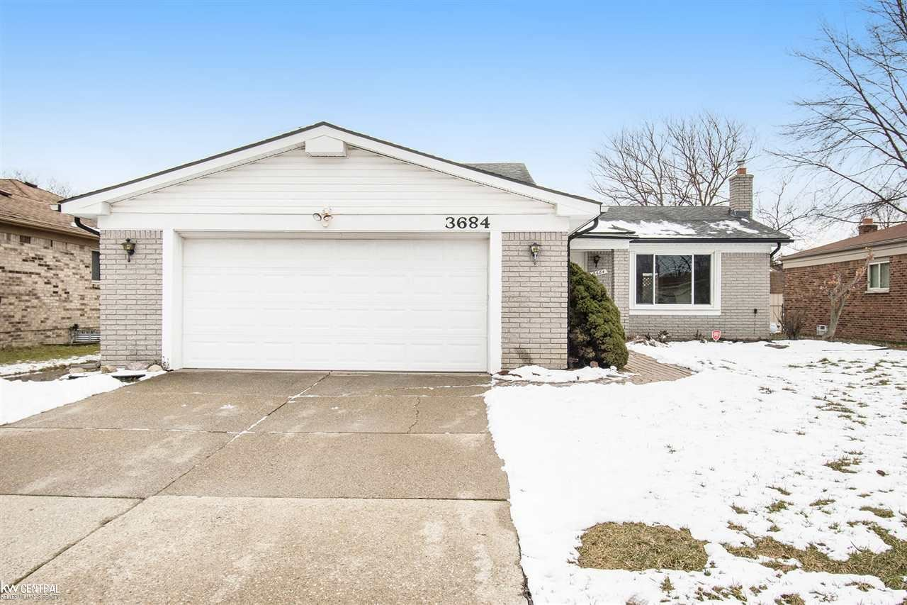 Photo of 3684 Jennifer, Sterling Heights, MI 48310 (MLS # 50001224)