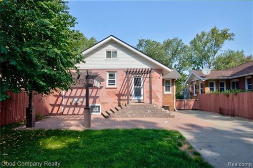 Tiny photo for 605 LEROY ST, Ferndale, MI 48220-3300 (MLS # 40111227)