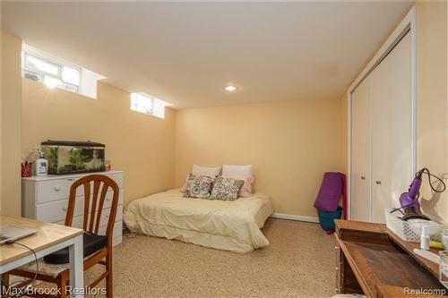 Tiny photo for 31328 E RUTLAND ST, Beverly Hills, MI 48025-5424 (MLS # 40140228)
