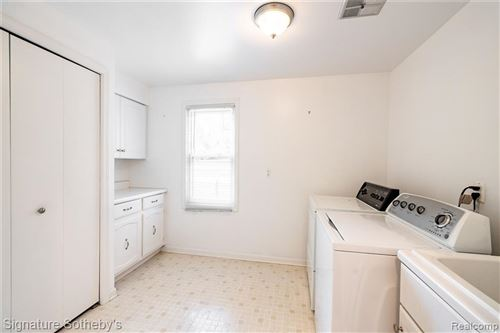 Tiny photo for 32540 NORWOOD DR, Beverly Hills, MI 48025 (MLS # 40239230)