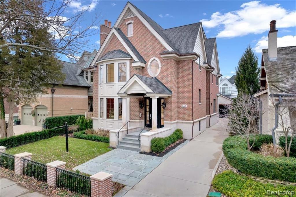 Photo for 550 HENRIETTA ST, Birmingham, MI 48009-1453 (MLS # 40245234)