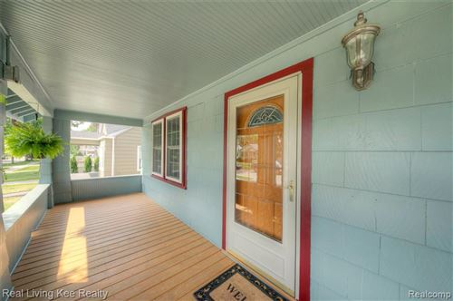 Tiny photo for 116 HELENE AVE, Royal Oak, MI 48067-3903 (MLS # 40185239)