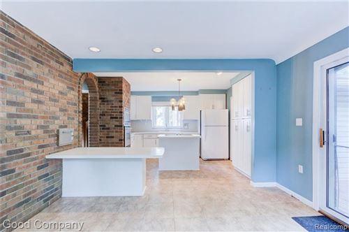 Tiny photo for 613 E LINCOLN AVE, Royal Oak, MI 48067-3353 (MLS # 40201247)